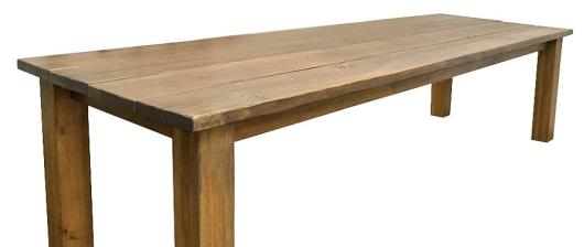Masivní jídelní stoly