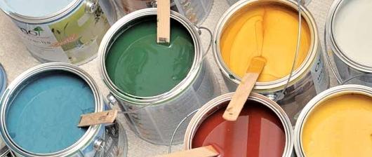 Farby na drevo vo vonkajších priestoroch