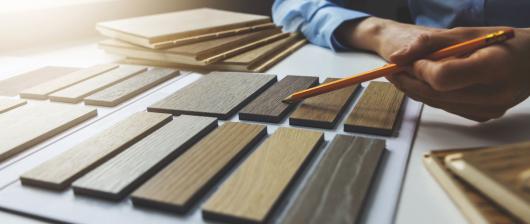 Vzorkovníky odtieňov lazúr, farieb a olejov