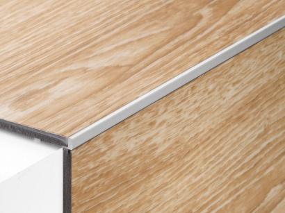 Schodová lišta pro vinyl Proangle ZA Stříbrná