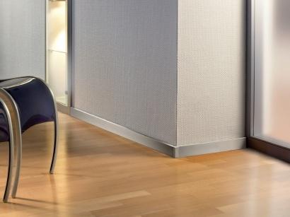 Hliníková podlahová lišta Küberit 935 imitace nerezi